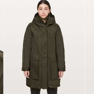 Lululemon Out In The Elements Convertible Parka 10